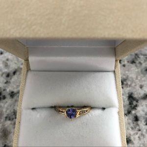 Jewelry - 14k gold trillion cut tanzanite ring